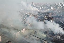 Люди замерзают и ждут помощи после взрыва в промзоне Китая