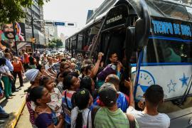 Венесуэльцев напугало новое масштабное отключение электричества