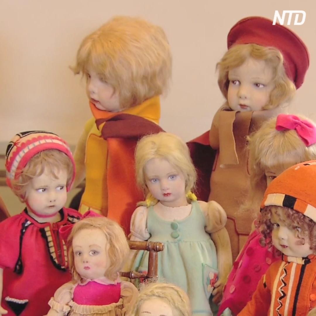 Старинных и современных кукол представили на выставке в Риме
