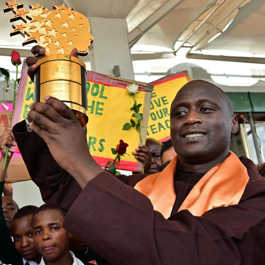Лучший учитель мира из Кении получил миллион долларов