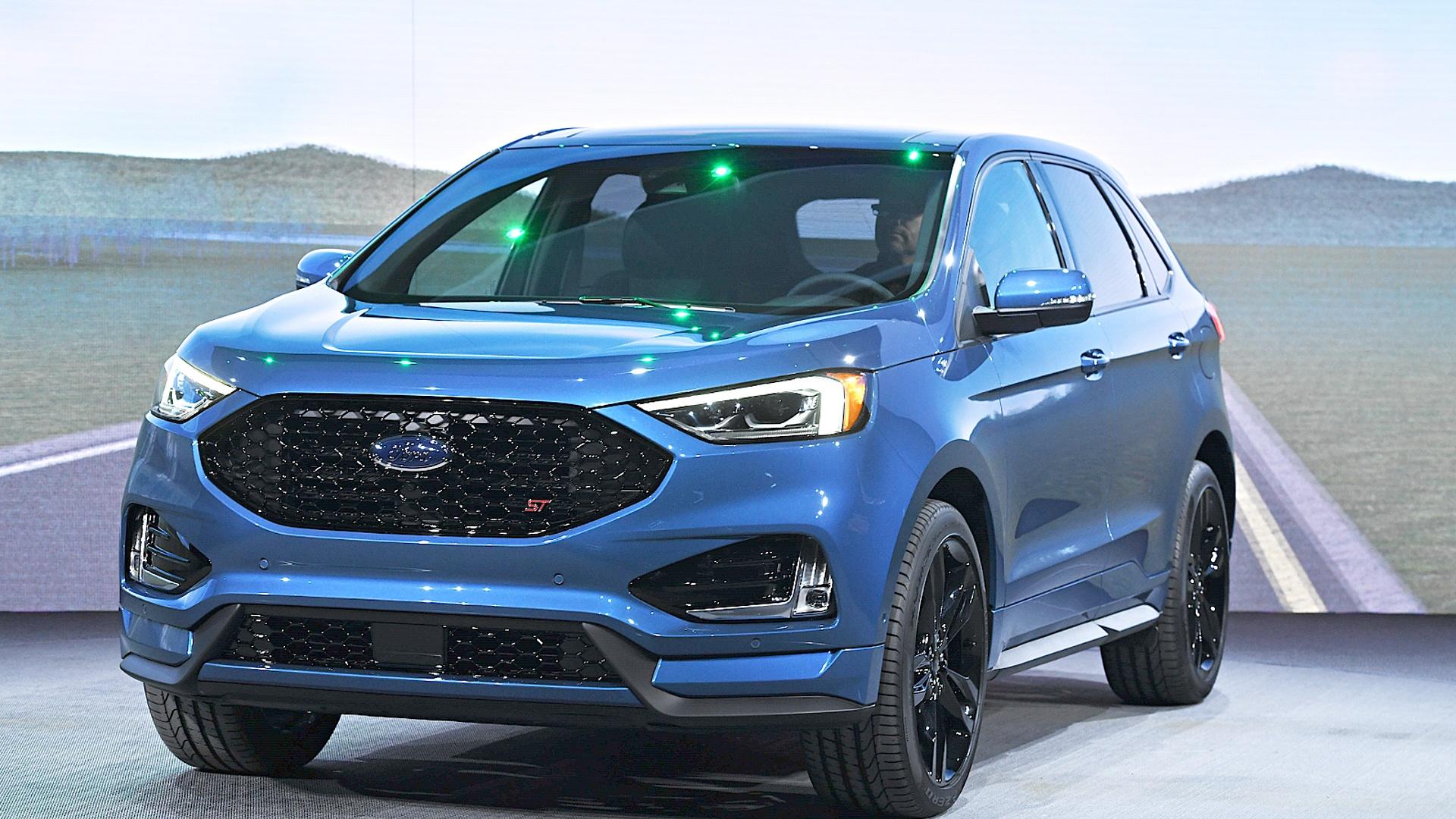 Ford выпустит 16 новых электрических и гибридных автомобилей