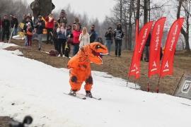 Снежный склон и ледяная вода: как в Беларуси проводили зиму