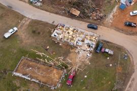 Число жертв торнадо в США возросло до 8