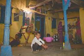 В индийской деревне впервые появился свет благодаря солнечным батареям