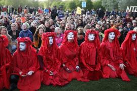 Климатические активисты объявили о завершении протестов в Лондоне