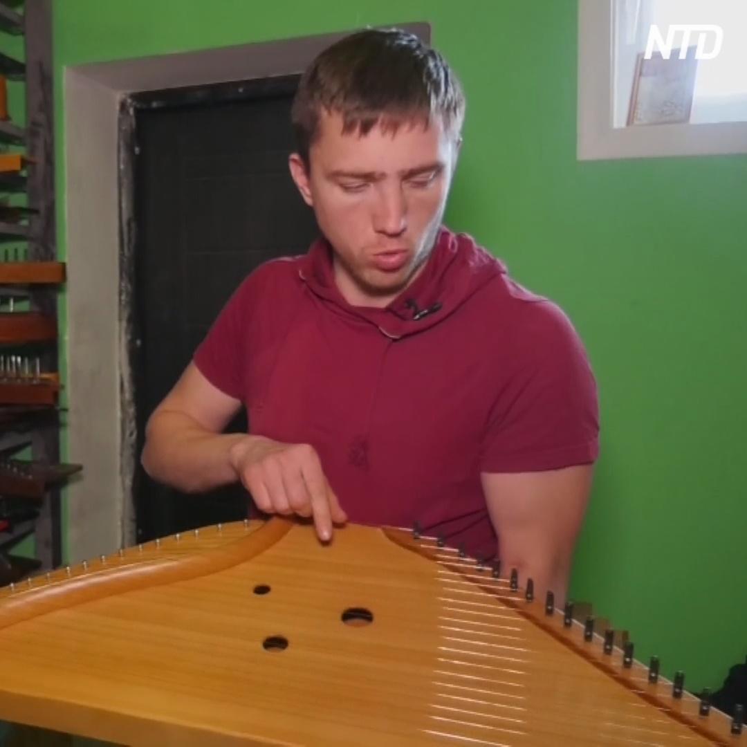 Мастерская в Тверской области делает гусли и учит на них играть
