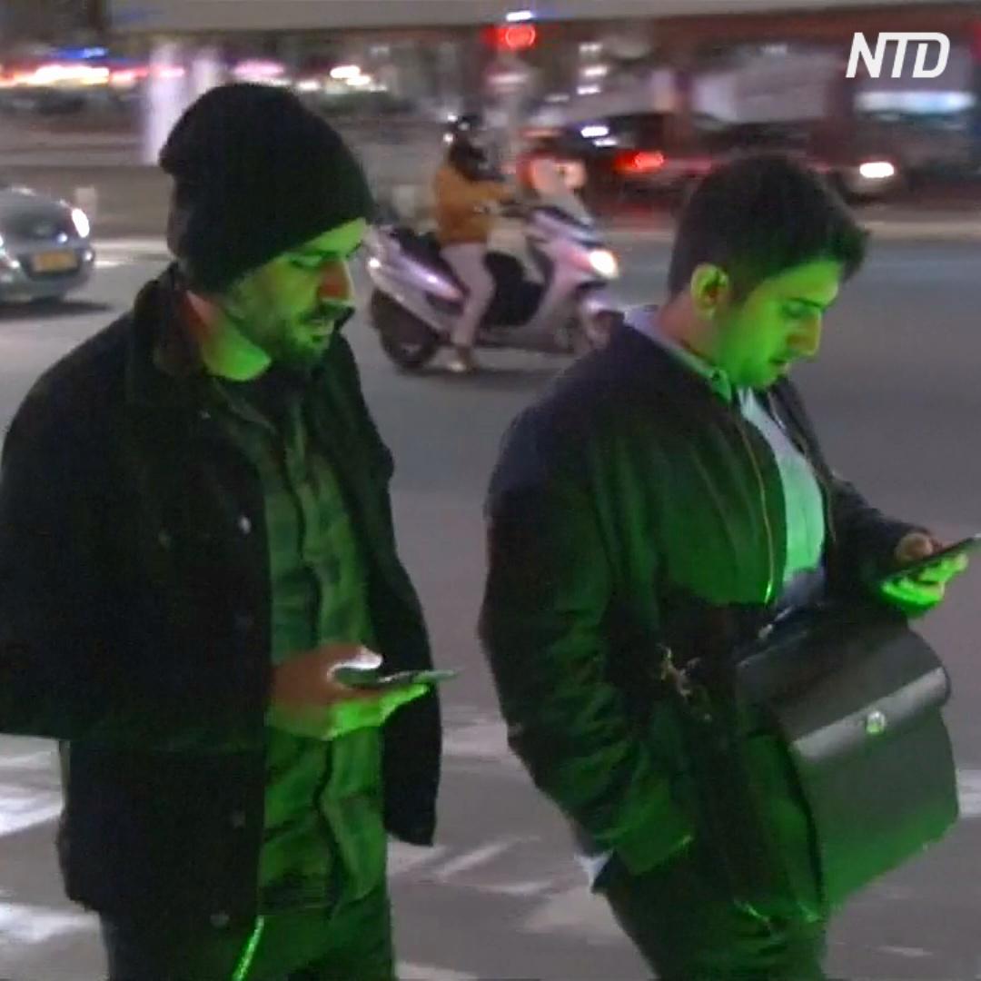 Светофор для «зомби» появился в Тель-Авиве