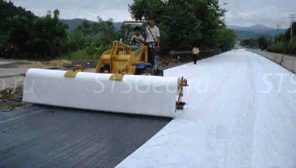 Дорожное покрытие с геотекстилем