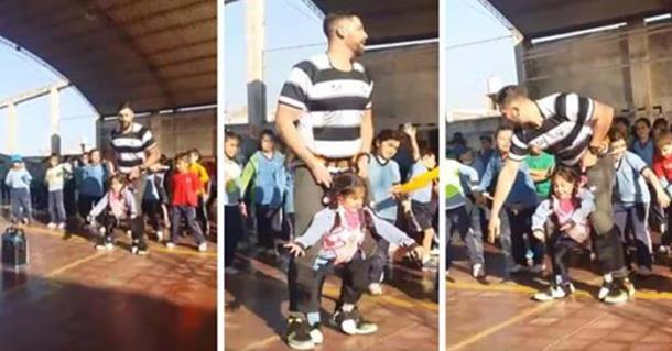 Учитель придумал, как девочке-инвалиду станцевать без коляски