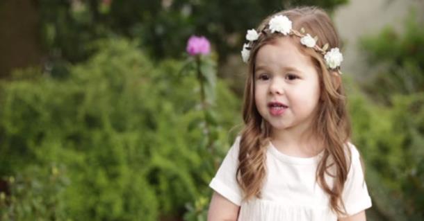 Видео песни 3-летней девочки к Пасхе набрало 9,5 млн просмотров