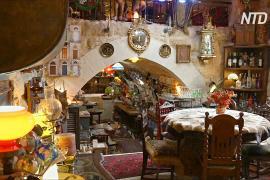 Ливанец 14 лет строил причудливый отель и теперь принимает гостей