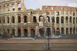 «Спрятаться в городе»: как художник сливается со своими картинами