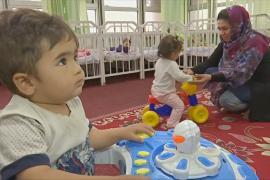Афганские мамы-госслужащие боятся выходить на работу из-за атак