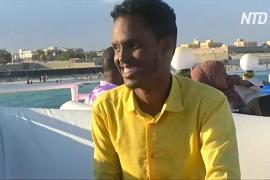 Плавучий ресторан в Сомали сделали небыстроходным, чтобы его не угнали пираты