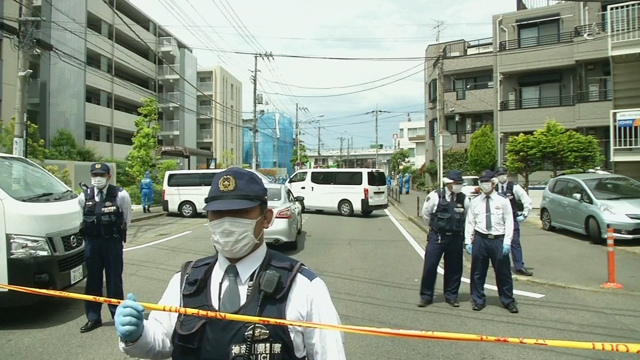 В Японии мужчина напал с ножом на школьниц, есть жертвы