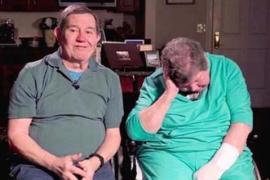 Муж отказался отдать жену в дом престарелых и 28 лет ездит с ней по миру