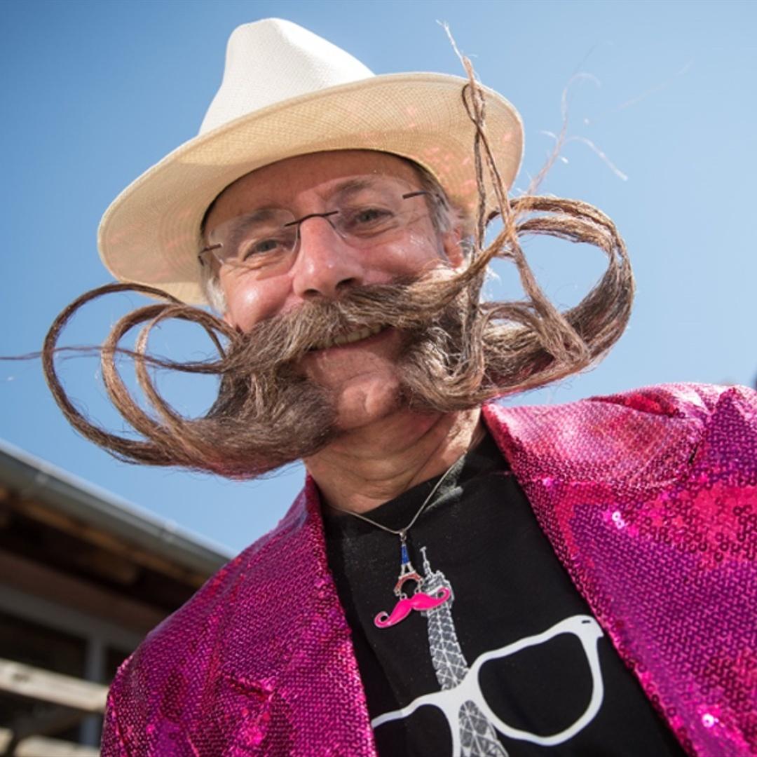 Лучших бородачей Франции выбрали в Париже