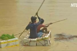На востоке Индии в результате прорыва плотины смыло деревню