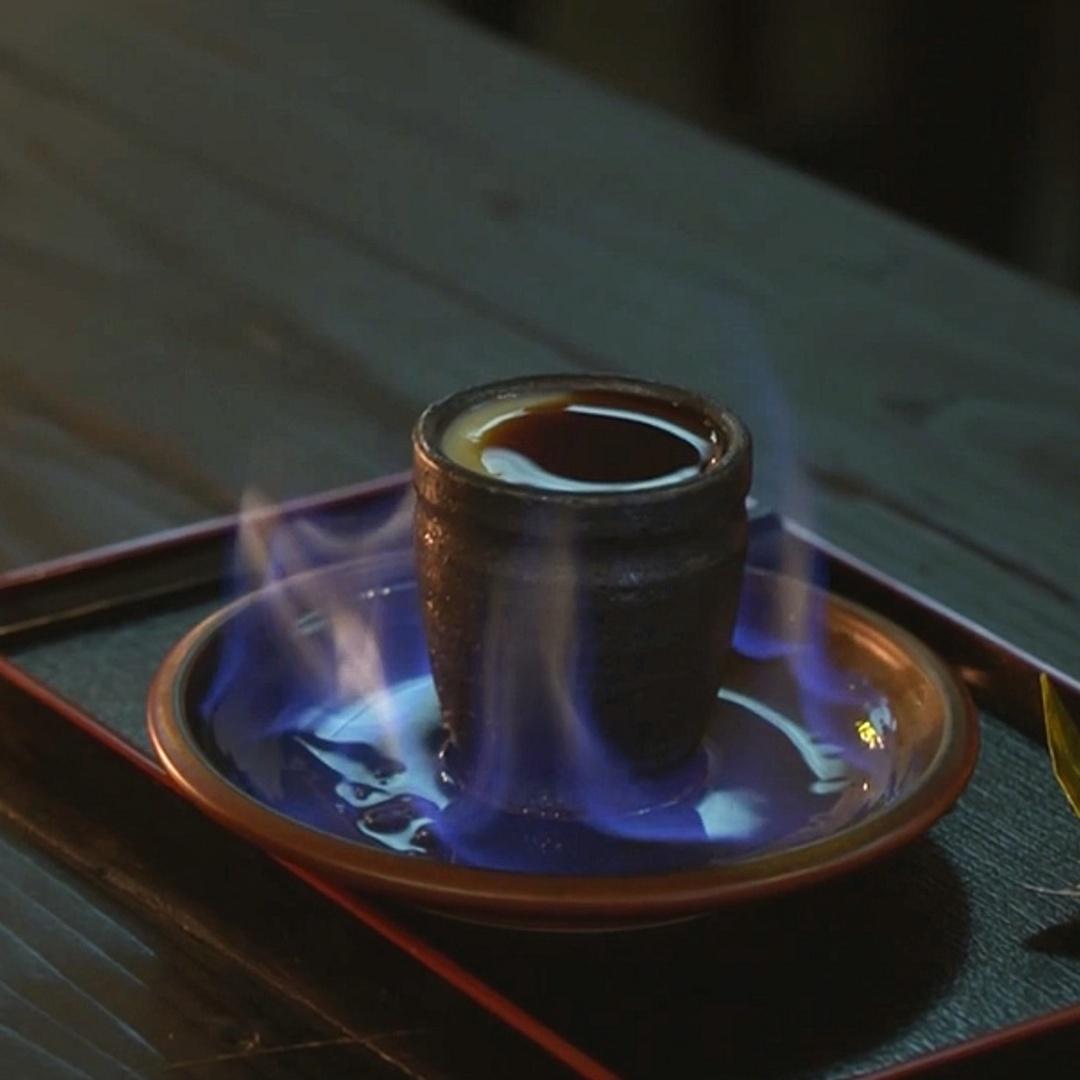 Чем угощают и развлекают в ниндзя-кафе в Токио?