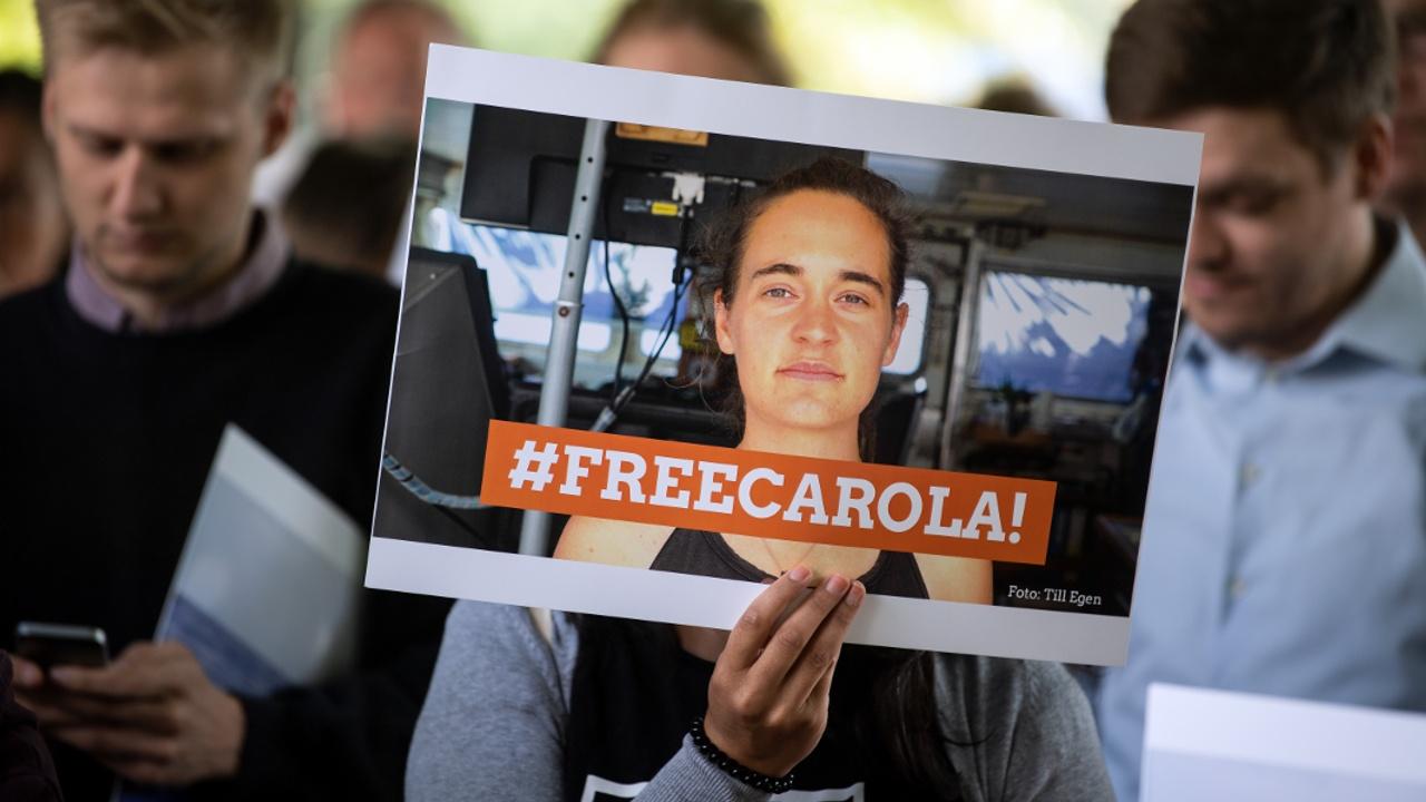 Суд Италии отпустил немецкого капитана, которая нелегально ввезла мигрантов