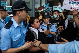 В Гонконге активистов арестовали за разглашение личных данных полицейских