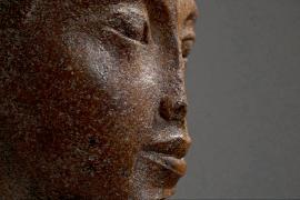 Вопреки протестам Египта 3000-летний бюст Тутанхамона ушёл с молотка
