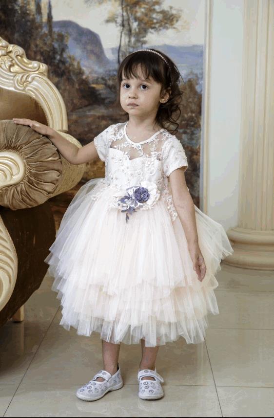 Бальное платье с объемными цветами и бисером. Miss Trendy