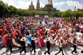 Мариачи блеснули талантами на фестивале в Мексике