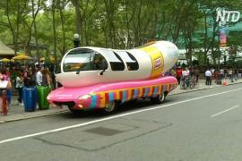 В Нью-Йорке прохожих угостили мороженым со вкусом хот-дога