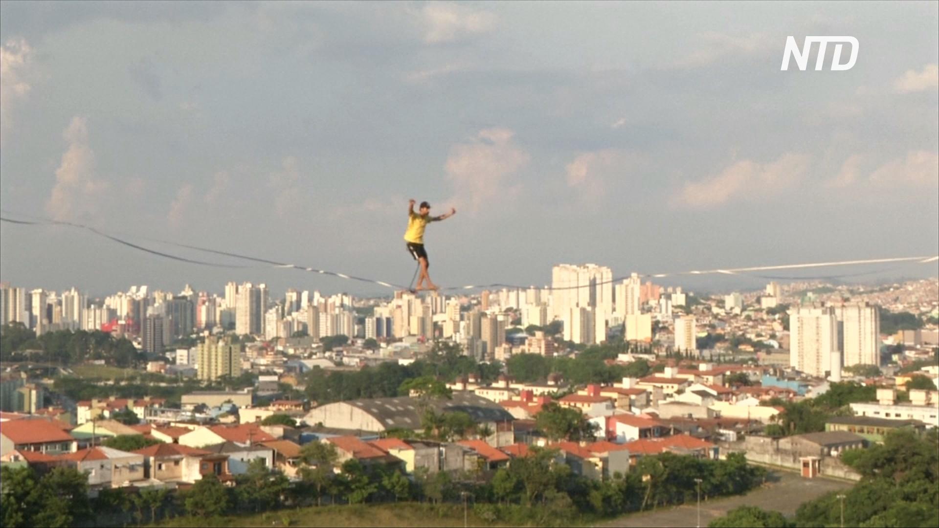 Экстремалы в городе: в Сан-Паулу эквилибристы облюбовали заброшенную стройку