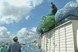 Африканским заводам по переработке пластика не хватает сырья среди гор мусора