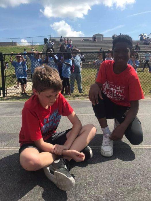 3 4 - Мальчик отказался от победы ради спортивной солидарности