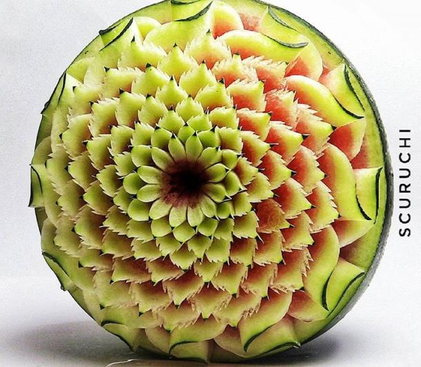 Novyj risunok 7 4 - Уникальные скульптуры из овощей и фруктов созданы с помощью ножа