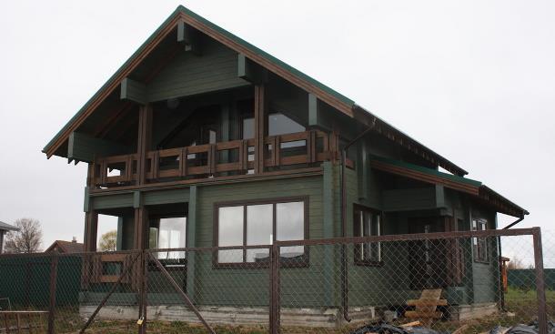 Дом два этажа с террасой