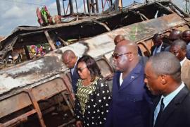 В ДР Конго у переполненного автобуса отказали тормоза: десятки жертв