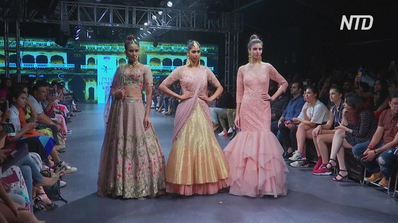 Начинающие индийские модельеры представили свадебные коллекции