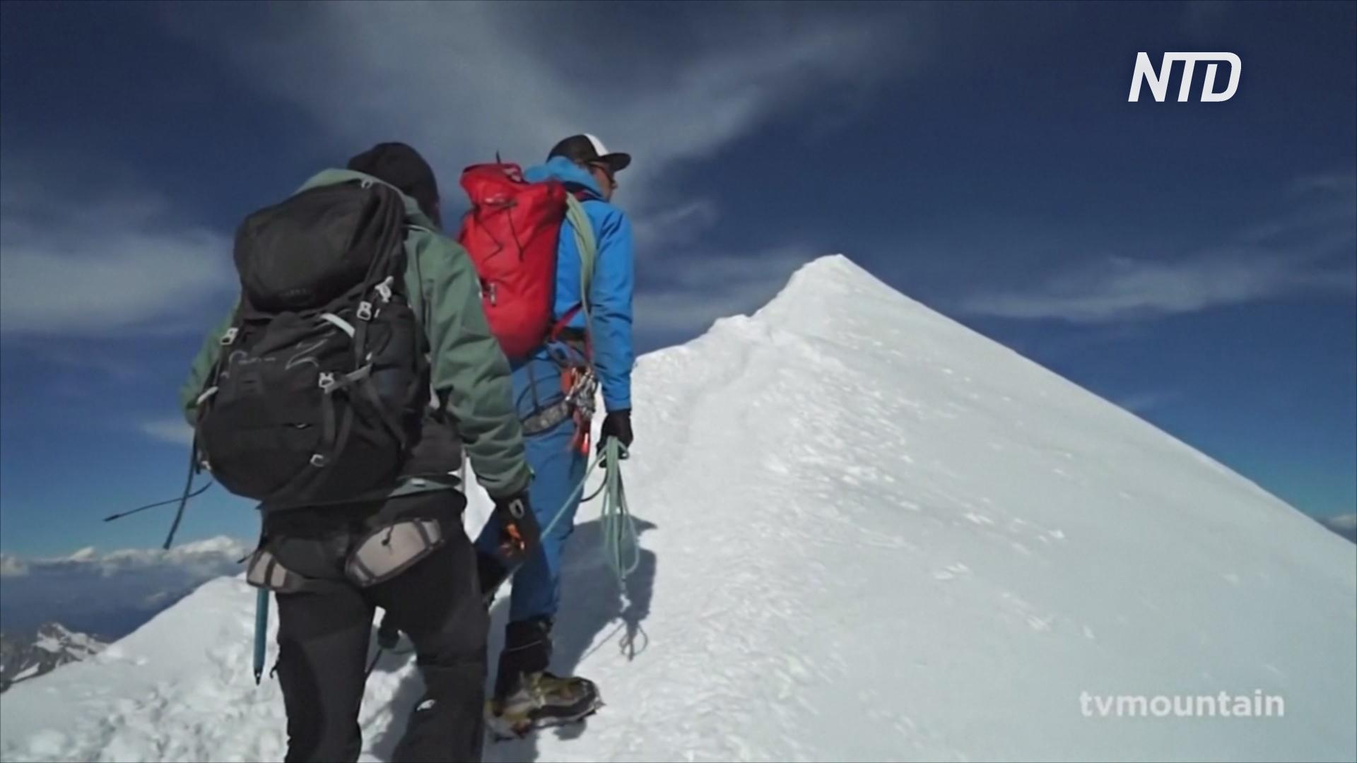 «Уважайте Монблан!»: власти призывают альпинистов к порядку