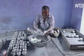 В Индии за неделю до Фестиваля огня дали добро на производство экологичных фейерверков
