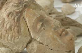 Музей в Кабуле восстанавливает буддийские статуи, разбитые талибами