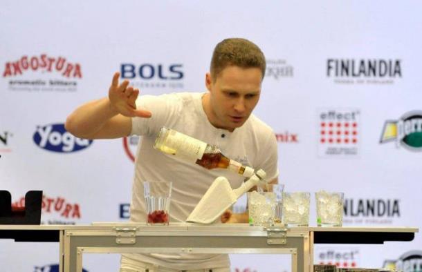 Фееричные бармен шоу на корпоратив от «WelcomeBar»