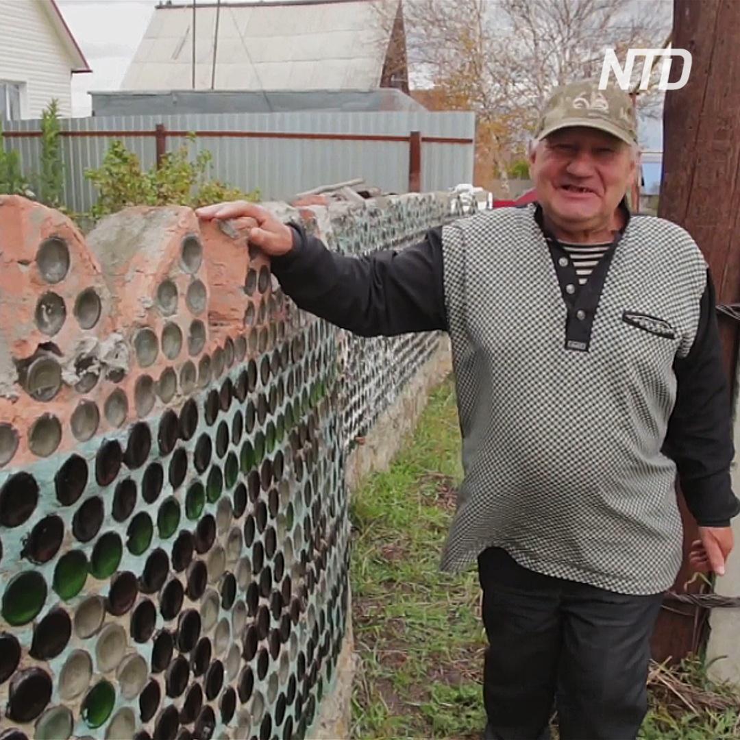 Русский умелец построил дом из 12 000 бутылок