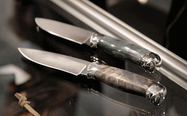 «Хочу нож выкидной», «А у вас есть автоматические ножи?»