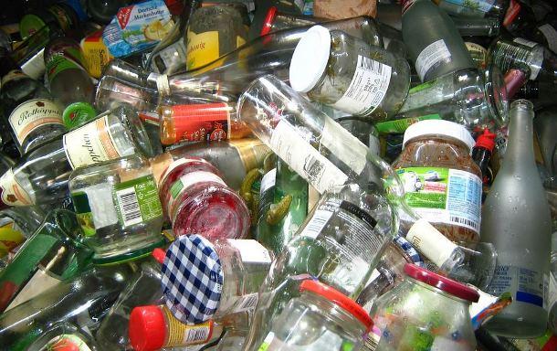 Пункт приема стеклотары: зачем сдавать бутылки?