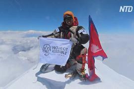 Непальский альпинист-рекордсмен вспоминает о покорении 14-ти высочайших гор мира