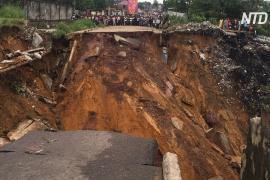 «Мы пытаемся откопать наших детей»: в столице ДР Конго сошёл страшный оползень