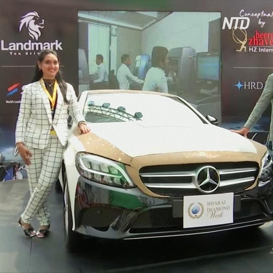 «Ювелирный» Mercedes: 350 000 бриллиантов на кузове