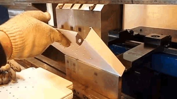 Гибка, превращающая металл в металлоизделие