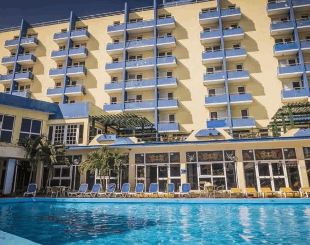 Отель Acuazul 3* в Варадеро