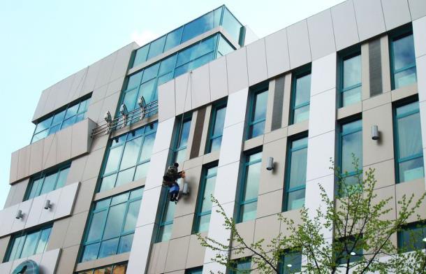 Доверить фасадные работы профессионалам