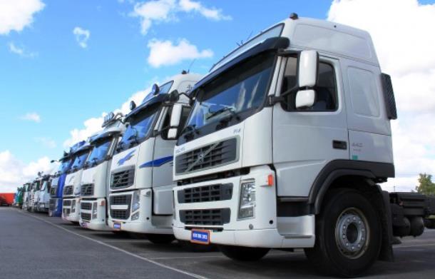 Ремонт грузовиков вместе с «ТРАНССНАБ»